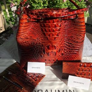AUTH Brahmin Luna handbag w wallet/checkbook cover